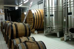 発酵用の小樽、大樽、ステンレスタンク